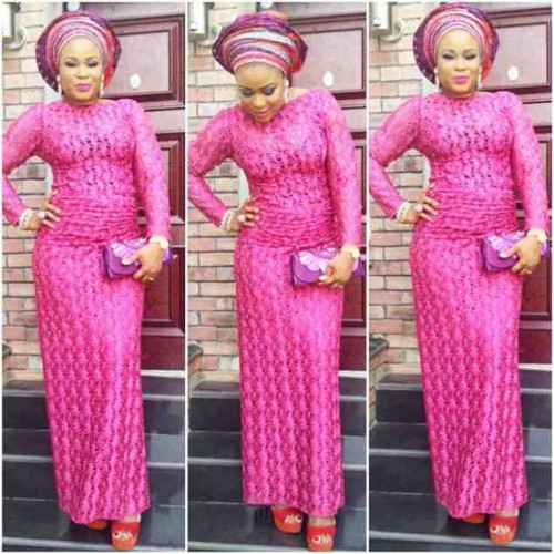 NigerianasoebistylesanddesignsBeautifullacestylesandclothingforasoebiLaceprintsmaxilaces29.jpg
