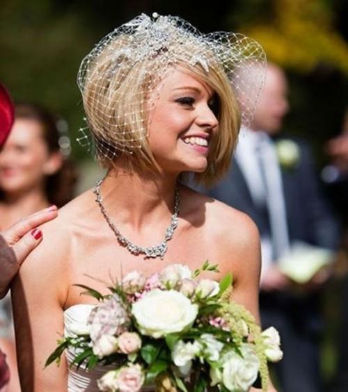 bestshort-wedding-hairstyles-forwomen2.jpg